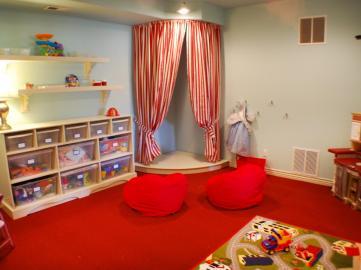 DP_Balis-eclectic-red-playroom_s4x3_jpg_rend_hgtvcom_1280_960