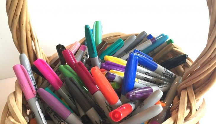 markers sharpies-in-basket-730x420